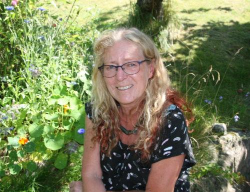 Besøkende på Storsenteret kan glede seg over arbeider av den anerkjente keramikeren Hanne Lunder