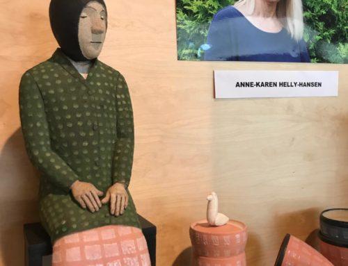 Besøkende på Storsenteret kan glede seg over arbeider av Anne-Karen Helly-Hansen